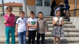 Групата се подготви и участва със желание за публичната изява на патронния празник на училището. Рецитираха стихове за родината. Поздравиха с участието си всички учители, ученици и гости  - ОУ Реджеб Кюпчю - Точийско